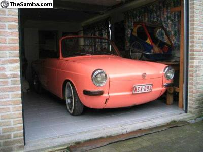 pink roadster
